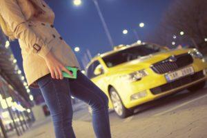 浮気調査中にタクシーがどうしても必要になる場合と上手く使うコツ